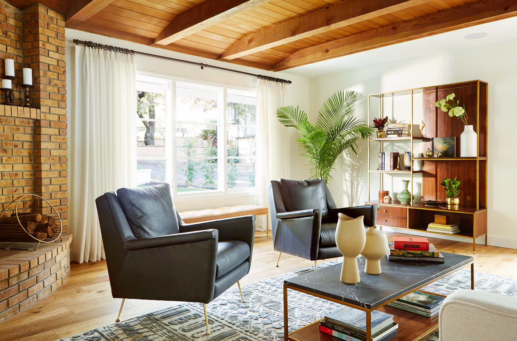 Lily_Spindle_Pasadena_Living_Room_2_028